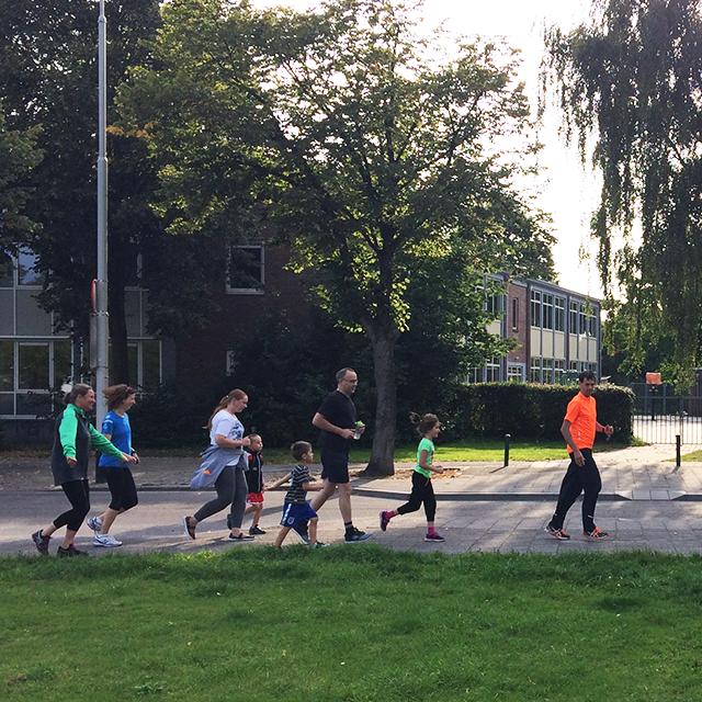 Eerste training heel Breda JOGGt mee met de Familieloop